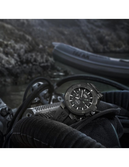 Reloj Oris Force Recon GMT - 747 7715 7754